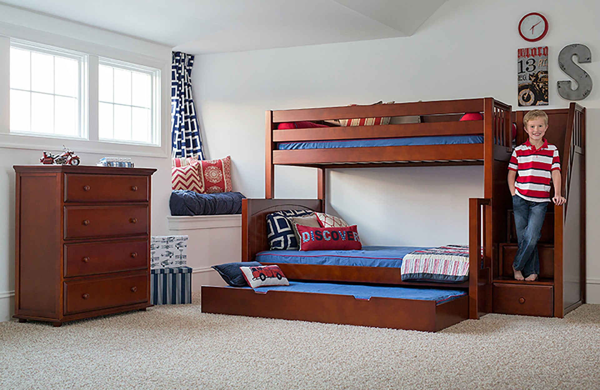 Twin/Full Bunk Bed (with stairs)