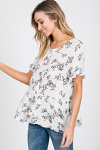 Load image into Gallery viewer, White Floral Ruffled Top With Buttons