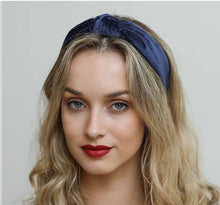 Load image into Gallery viewer, Velvet Headband