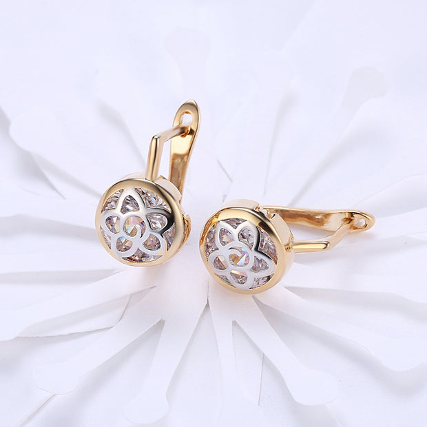 K Gold Zircon Earring Pattern Hollow Diamond Set Romantic Wind Earring Clip - Roshyshine