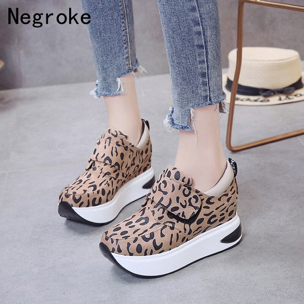 New Women Sneakers 2019 Breathable Wedges Platform Vulcanize Shoes Woman Sexy Leopard HOOK & LOOP Casual Shoes Tenis Feminino