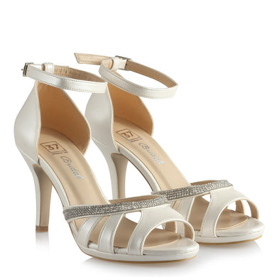Women's Gemmed Classic Off-White Bridal Heeled Shoes