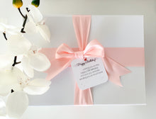 Load image into Gallery viewer, For the Bride Gift Box