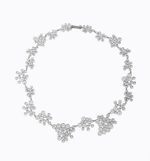 Handmade modern filigree necklace in silver liliana guerreiro