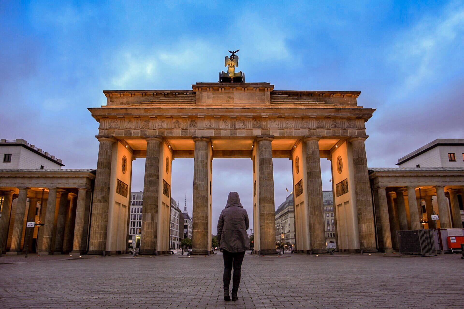 Ash at Brandenburg Gate Berlin