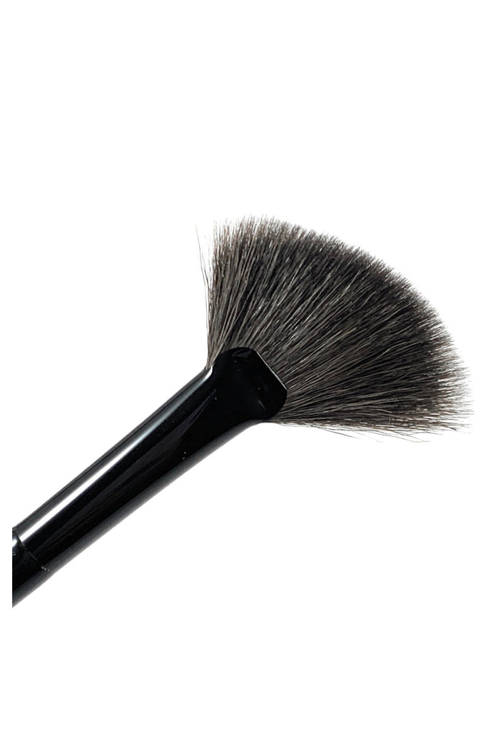 576 Angled Fan Brush - Mehliza Beauty