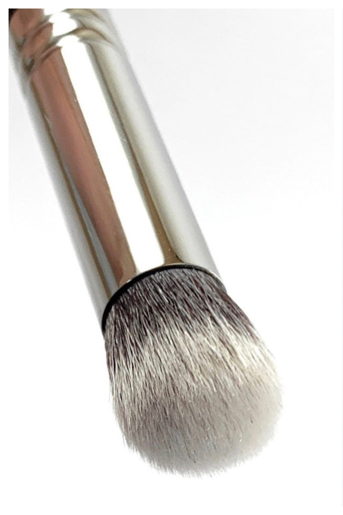 R&M 522 Round Top Concealer & Buffer brush - Mehliza Beauty