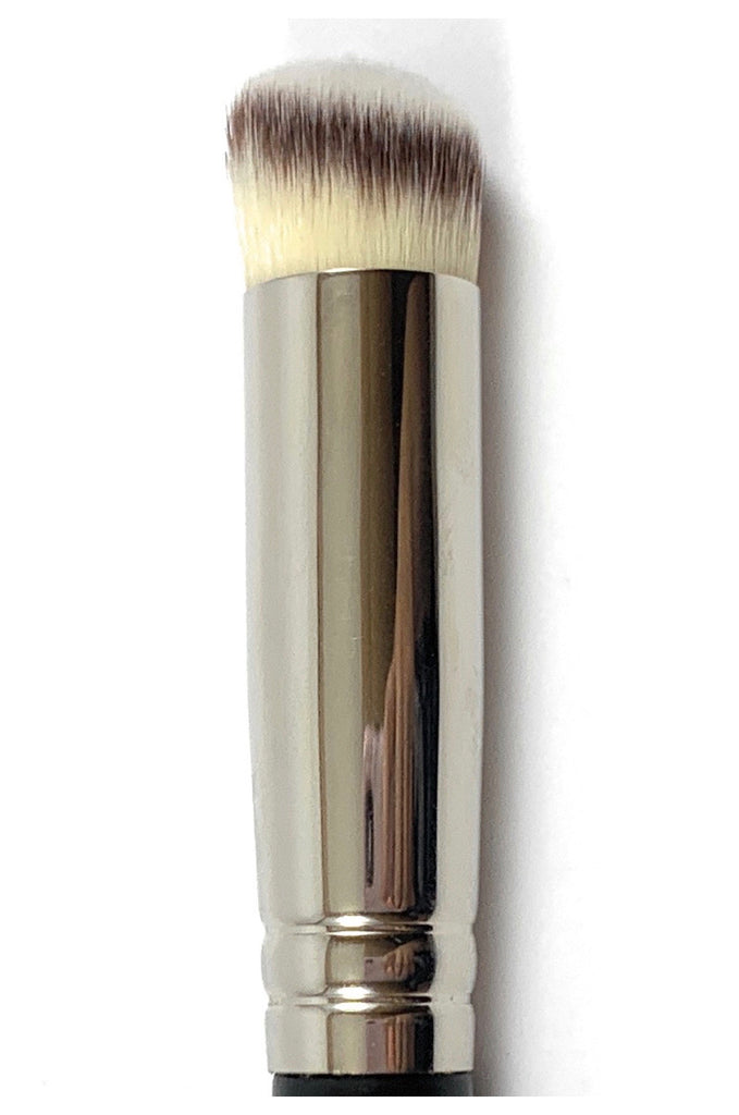 R&M 571 Slanted Round Concealer & Buffer brush - Mehliza Beauty