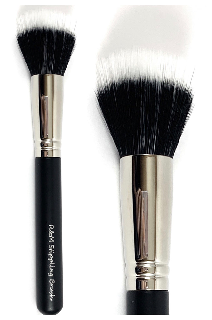R&M Duo Fibre Stippling Foundation brush - Mehliza Beauty London