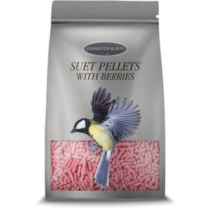 suet pellets with berries by johnson and jeff