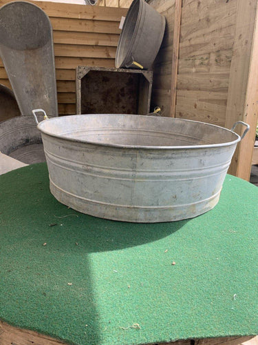 Original Vintage XL Round Metal Tub