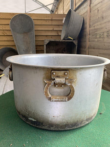 Super Sized Original Vintage Cooking Pot - Bells Gardening