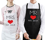 UJoowalk His and Her Aprons Black White Wedding Gifts