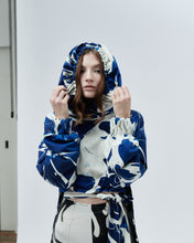 Load image into Gallery viewer, REVERSIBLE HOODIE OFELIE, blue and black marble