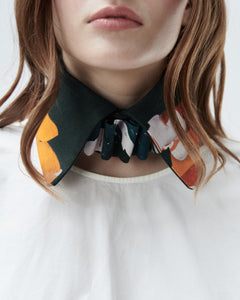 KIKI COLLAR, pine green with roses