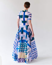 Load image into Gallery viewer, QUEEN MAXI DRESS