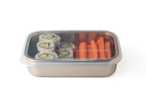 Reusable bento-box-style lunchbox favourite is the perfect on-the-go solution for entrees like sandwiches, salads and cut fruit with a clear, silicone lid. A great waste-free lunch solution.