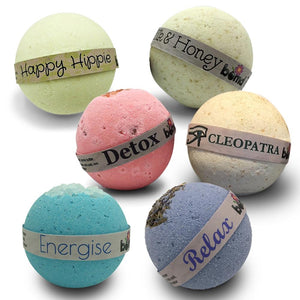 Bath & Body Soak Gift Hamper Set of 6 Soak Luxury Bath Bombs
