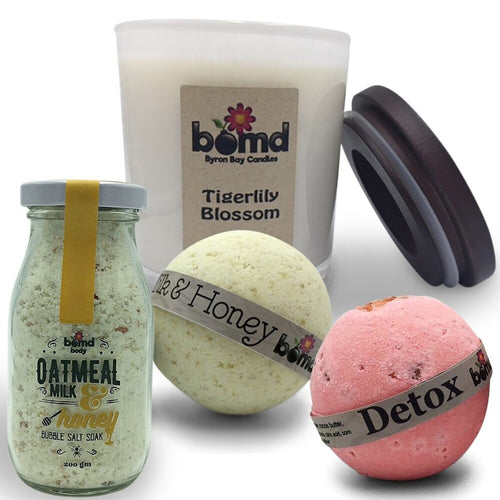 100% Soy Candle with Oatmeal, Salt & Milk Bubble Bath, Relaxing Bath Bomb & Bath Soak Gift Set