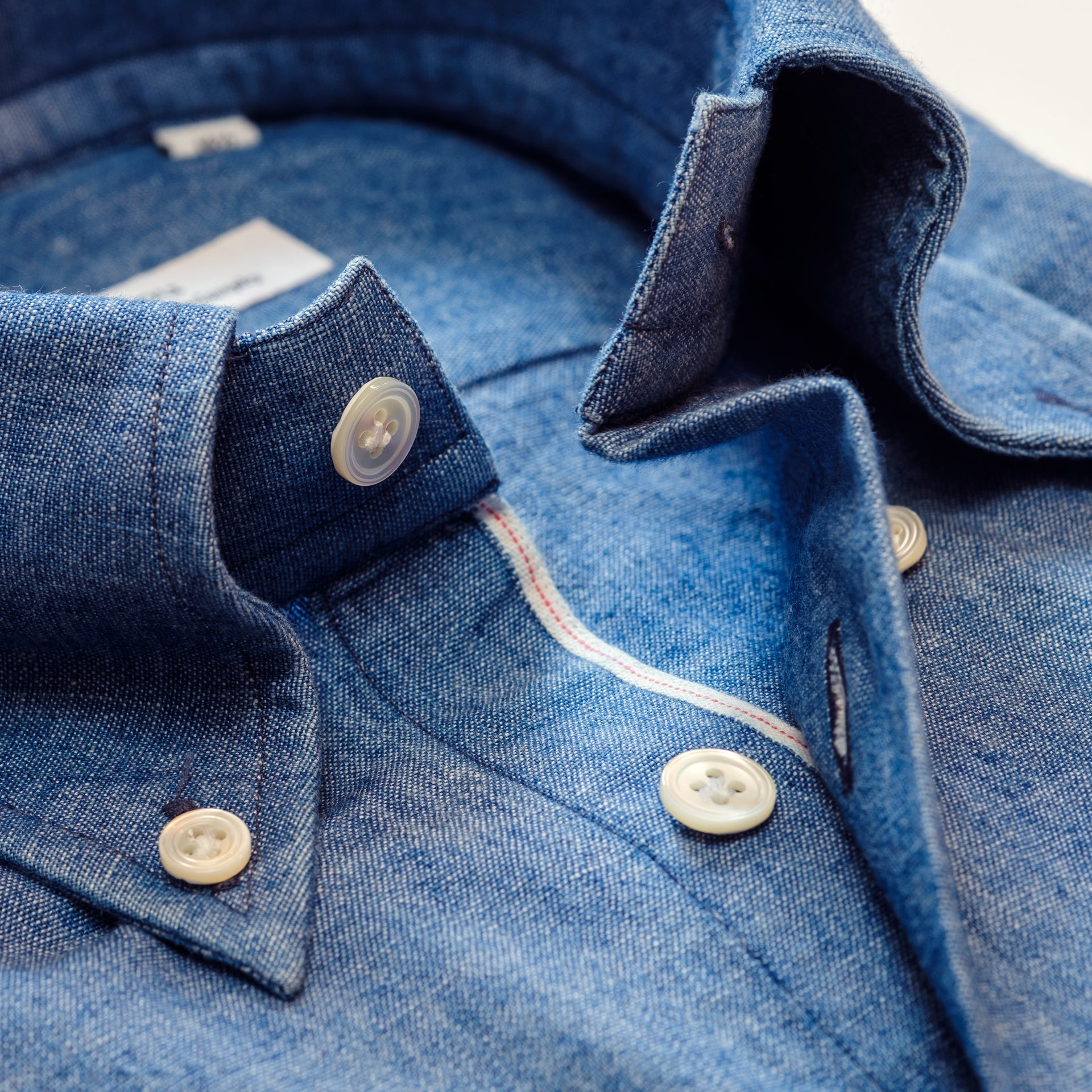 Col boutonné en denim selvedge