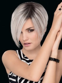 Straight Cropped Grey Wigs