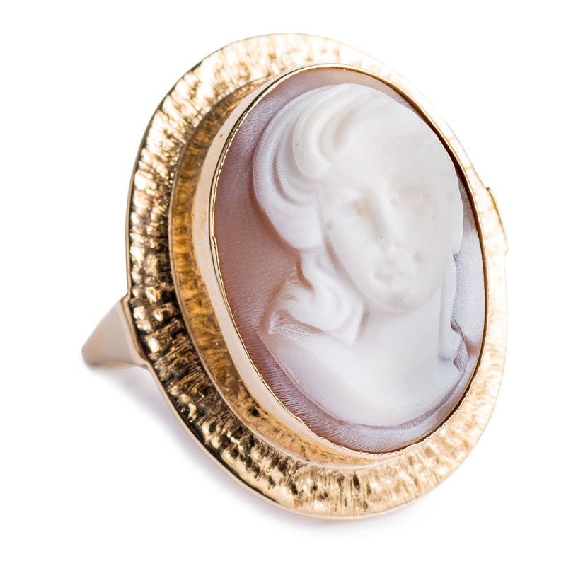 9ct Cameo Ring