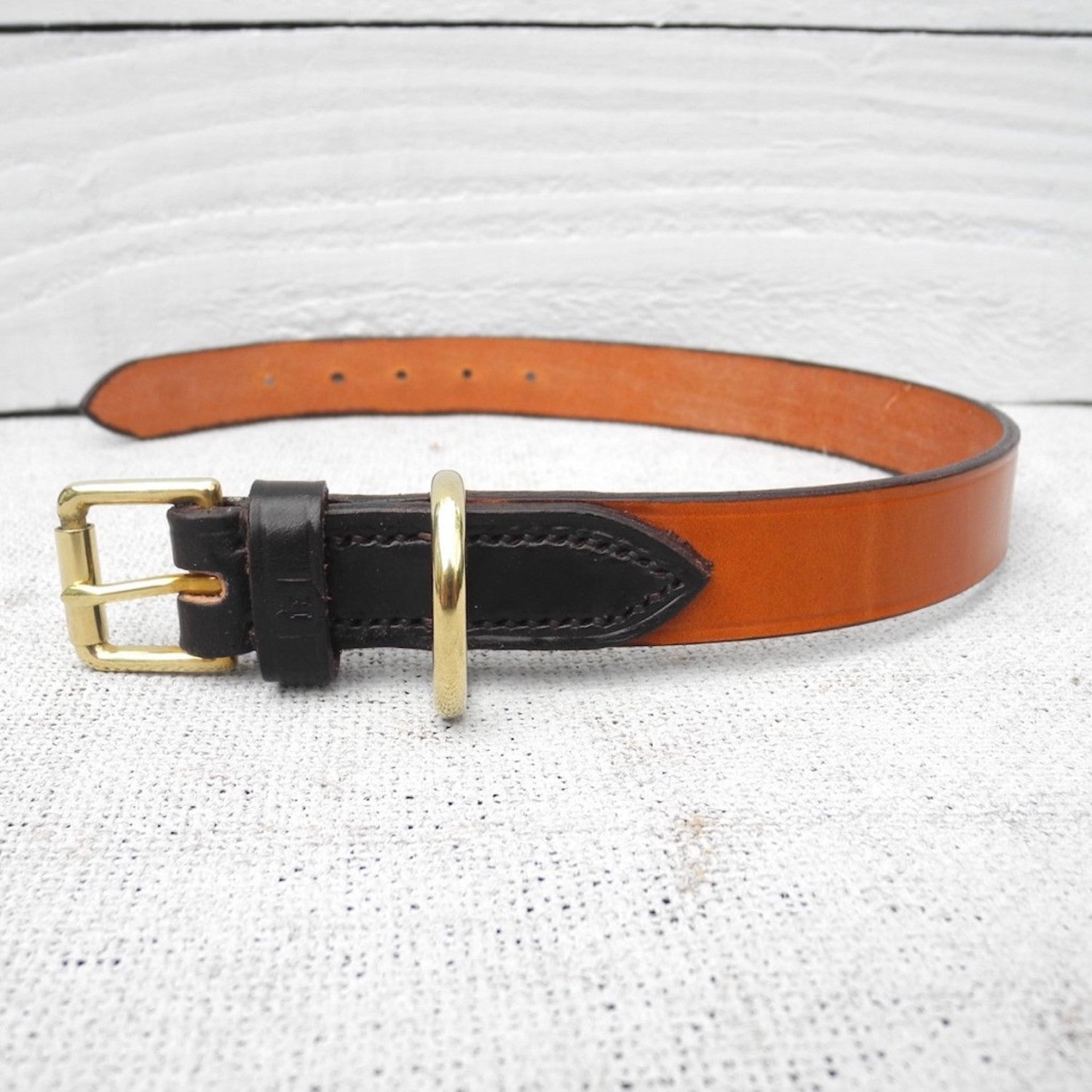 Tan Brown Bridle Leather Dog Collar With Dark Havana Loop - HOUNDWORTHY