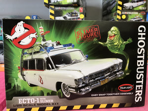 Ghost Busters Ecto-1 with Slimer Model Kit 1:25