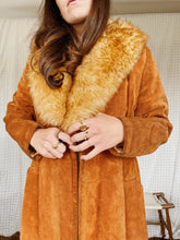 Load image into Gallery viewer, 70s Suede Shearling Coat
