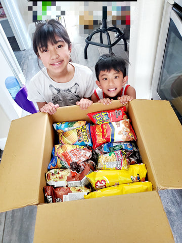 Kids excited about all them Pinoy snacks!