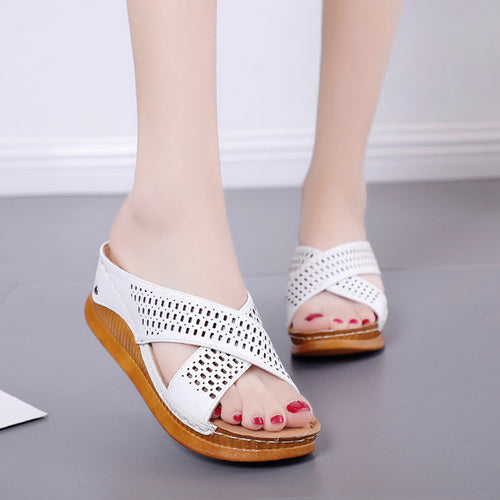 Women Slipper sandals Fashion Hollow Casual