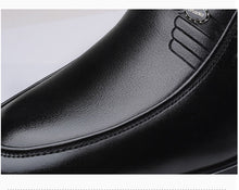Load image into Gallery viewer, Luxury Leather Formal Business Shoes