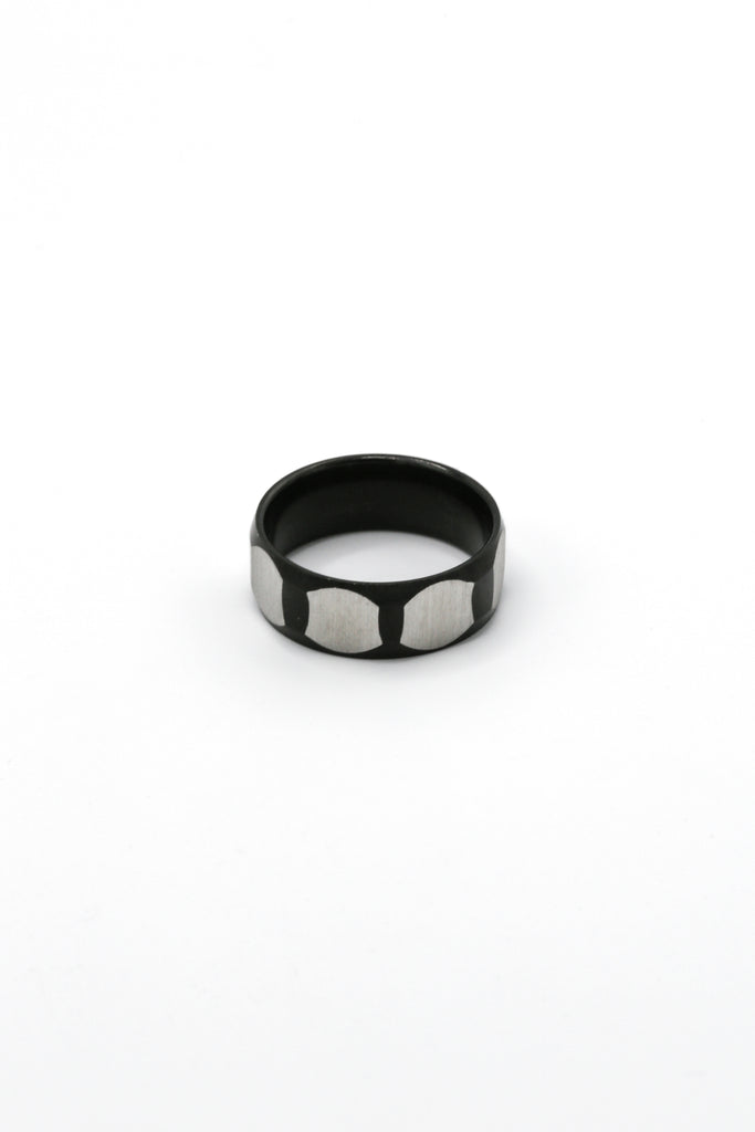 Faceted Band ring