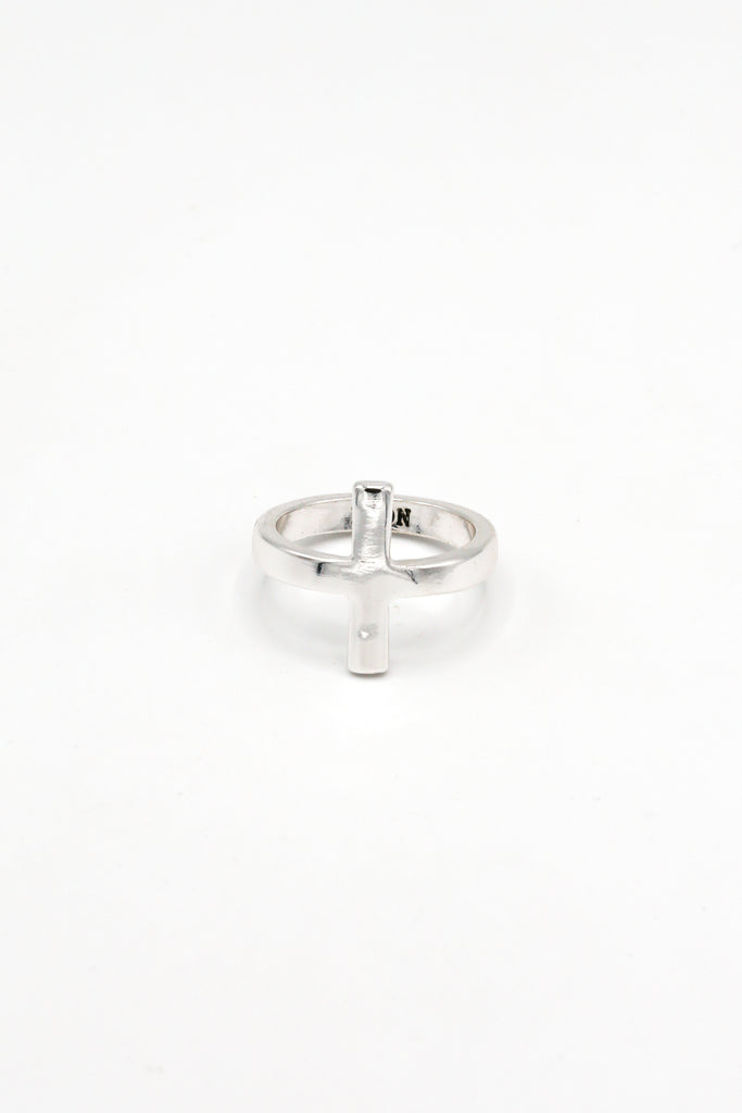 Cross Over Ring
