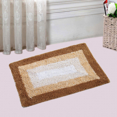 Buy this beautiful Frame Bath mat  from Saral home and enhance the beauty of your bathrooms and home furnishing.