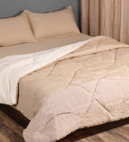 Saral Home Combo Of Cotton Bedsheet With Pillow Covers, Quilt & Curtains - Beige