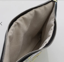 Load image into Gallery viewer, 'Ellee' Womens Bespoke Crossover Handbags