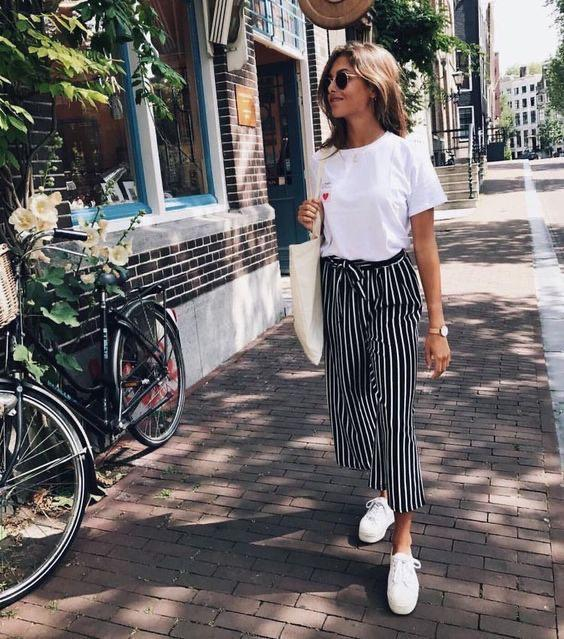 Wide legged tie waist striped pants
