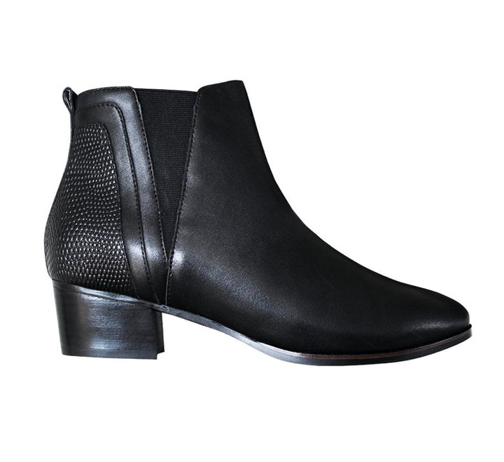 FRANKiE4 Darcy Boot Black