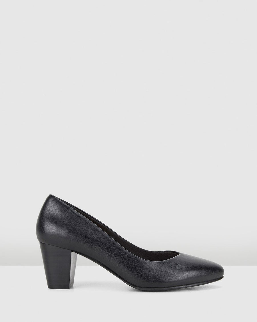 Hush Puppies The Point Heel