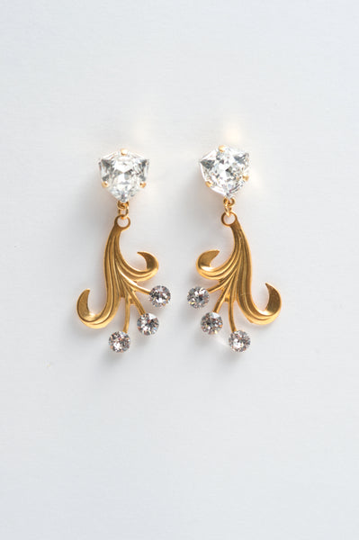 flower spray crystal earrings - style 20049