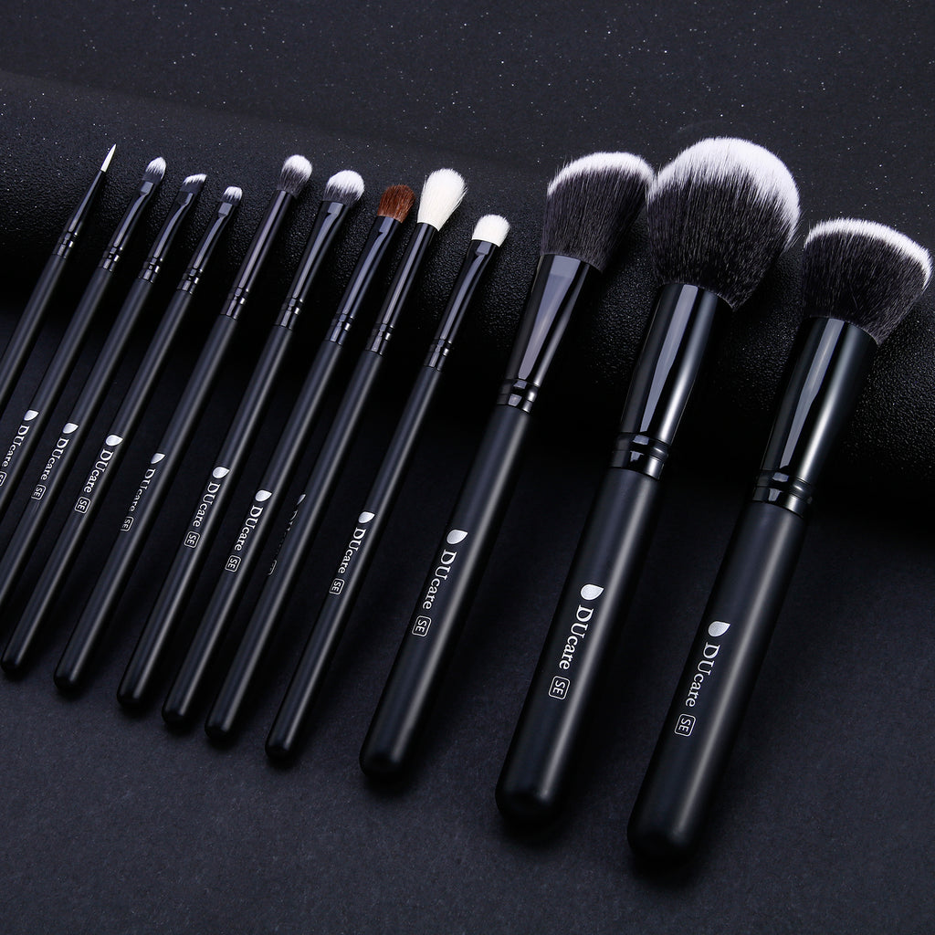 Classic Black - 12in1 Pro Makeup Brushes Set