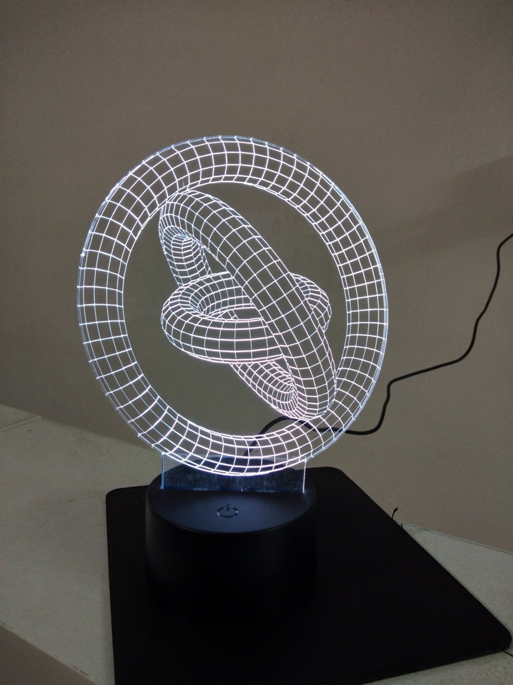 Loops 3D Lamp - Make My Thingz