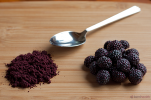 Berrihealth Black Raspberry Powder on table