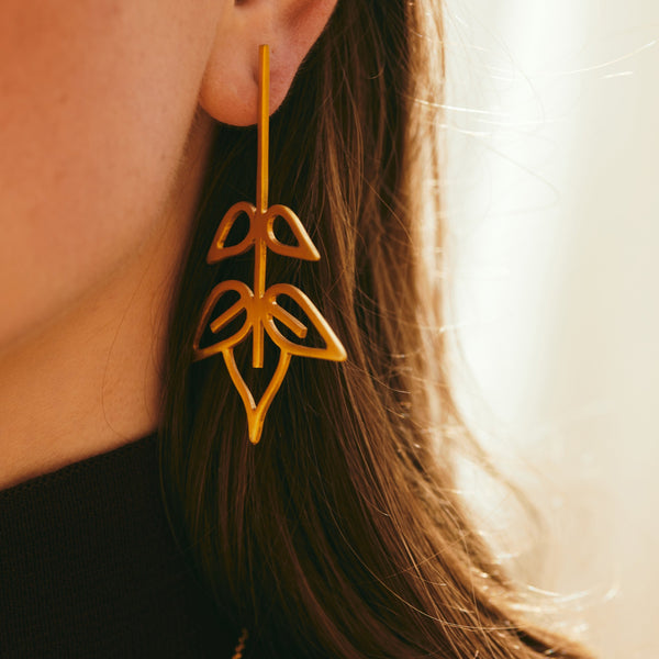 Ash tree leaf earrings (profile version)