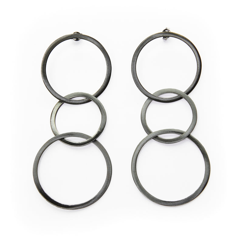 Interlocking Circle Dangle Earrings