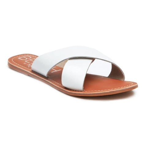 Pebble Flat Sandal - White