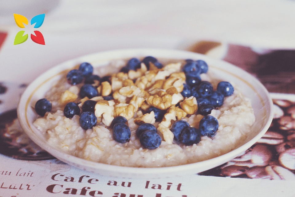 Breakfast Oatmeal Fruit Bowl