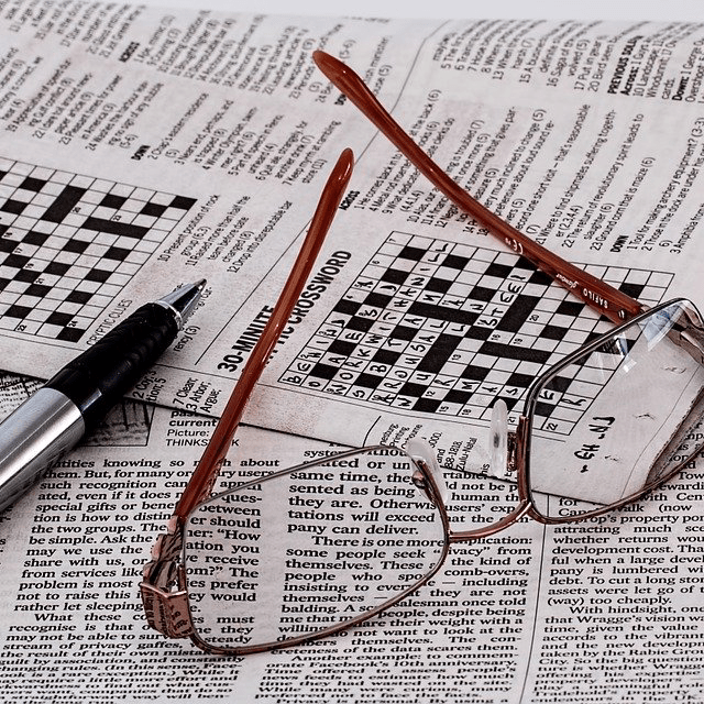 Crossword Puzzle Newspaper Glasses Game