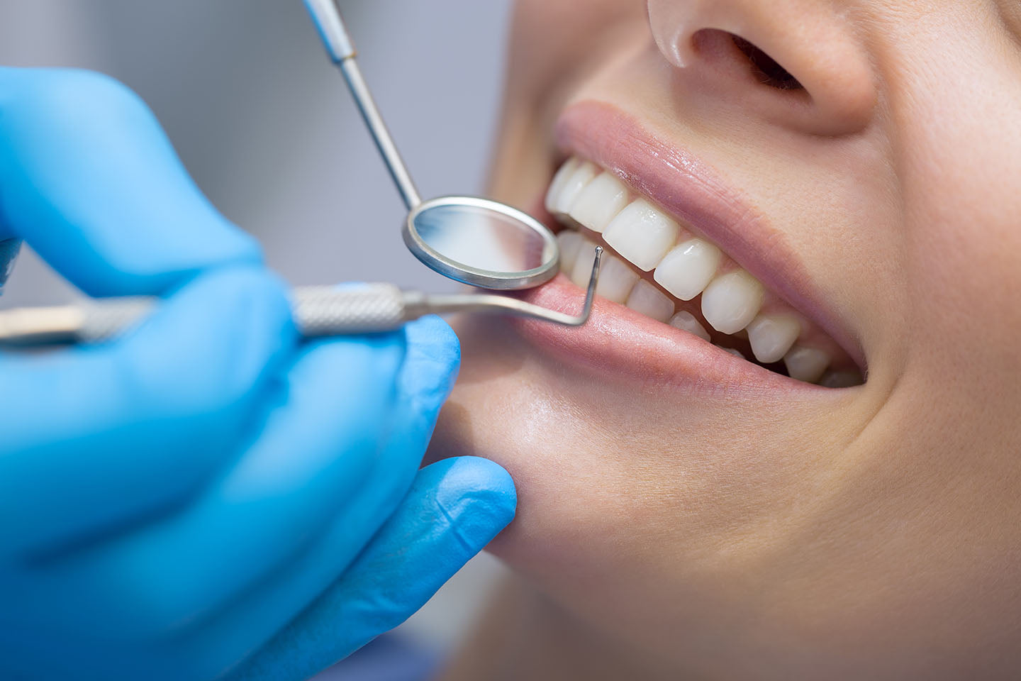 Good Oral Hygiene May Help Reduce Risk of Heart Infection